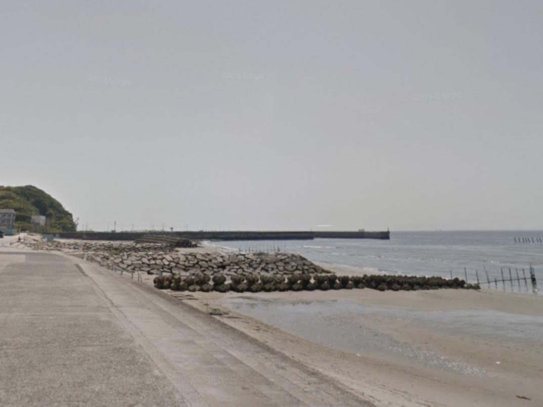 ステーション前 野間海岸