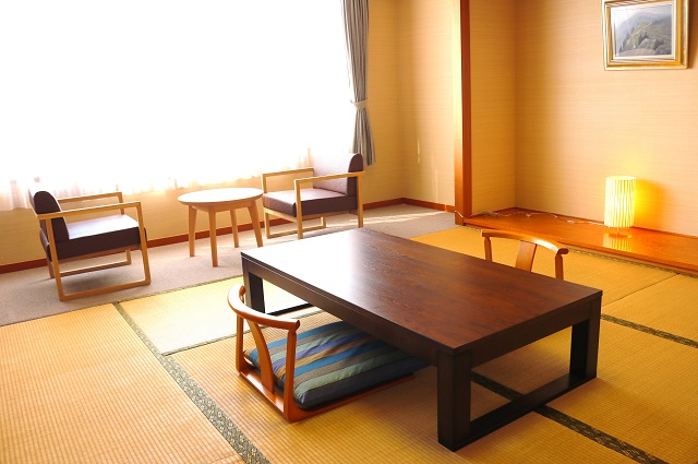 【ご宿泊部屋】ゆったりとした和室