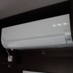 家庭用エアコン(バッテリー駆動可、ただし限度があります)