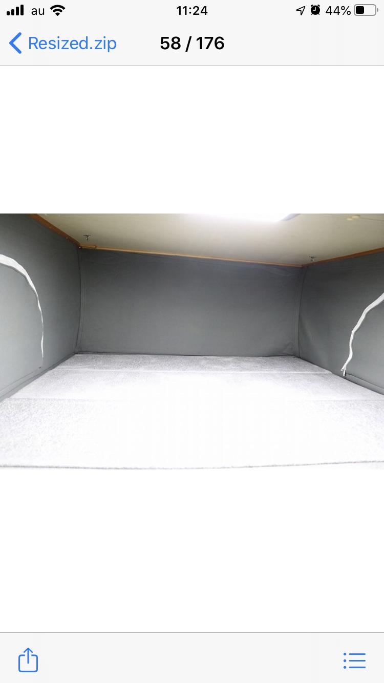 (6)内観(ポップアップの寝室)