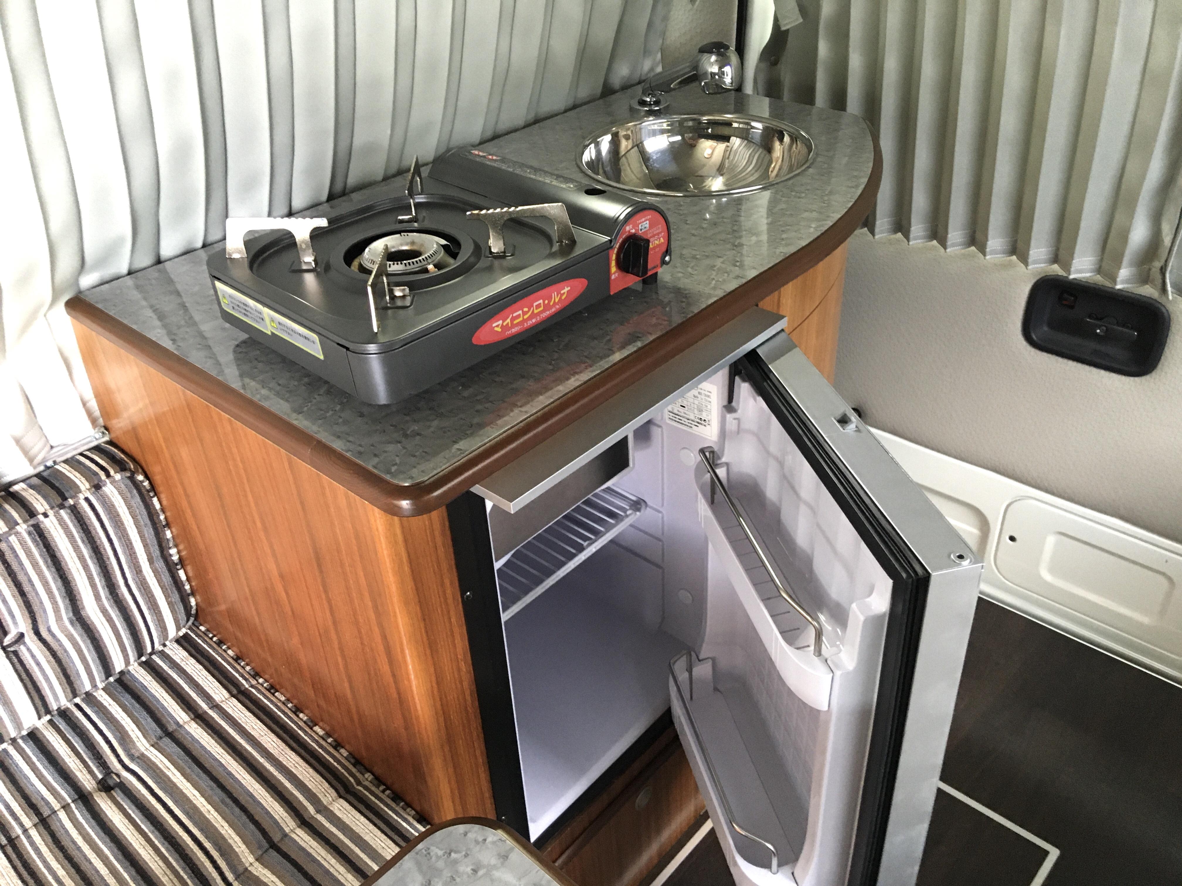 (10)設備 ギャレー&冷蔵庫
