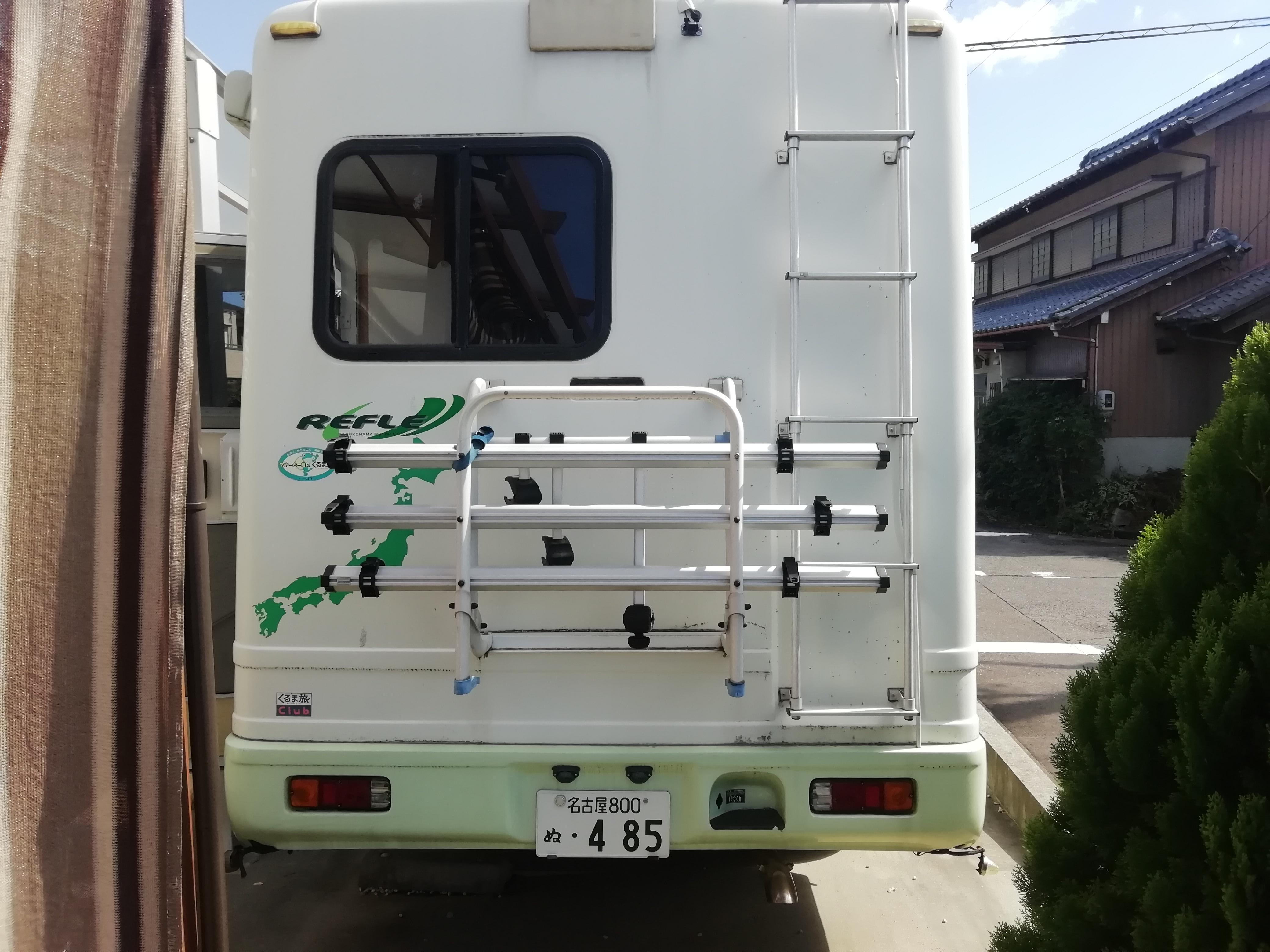 (11)外観(後)自転車キャリア、3台積載可