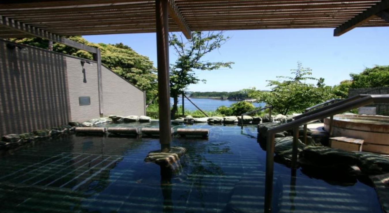 アフターツアーはホテル京急油壺観潮荘の温泉へ