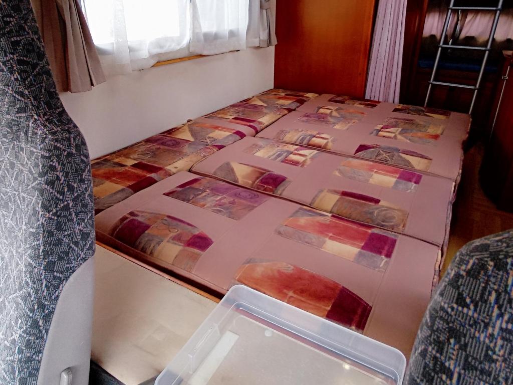 (10)中央ベッド2名