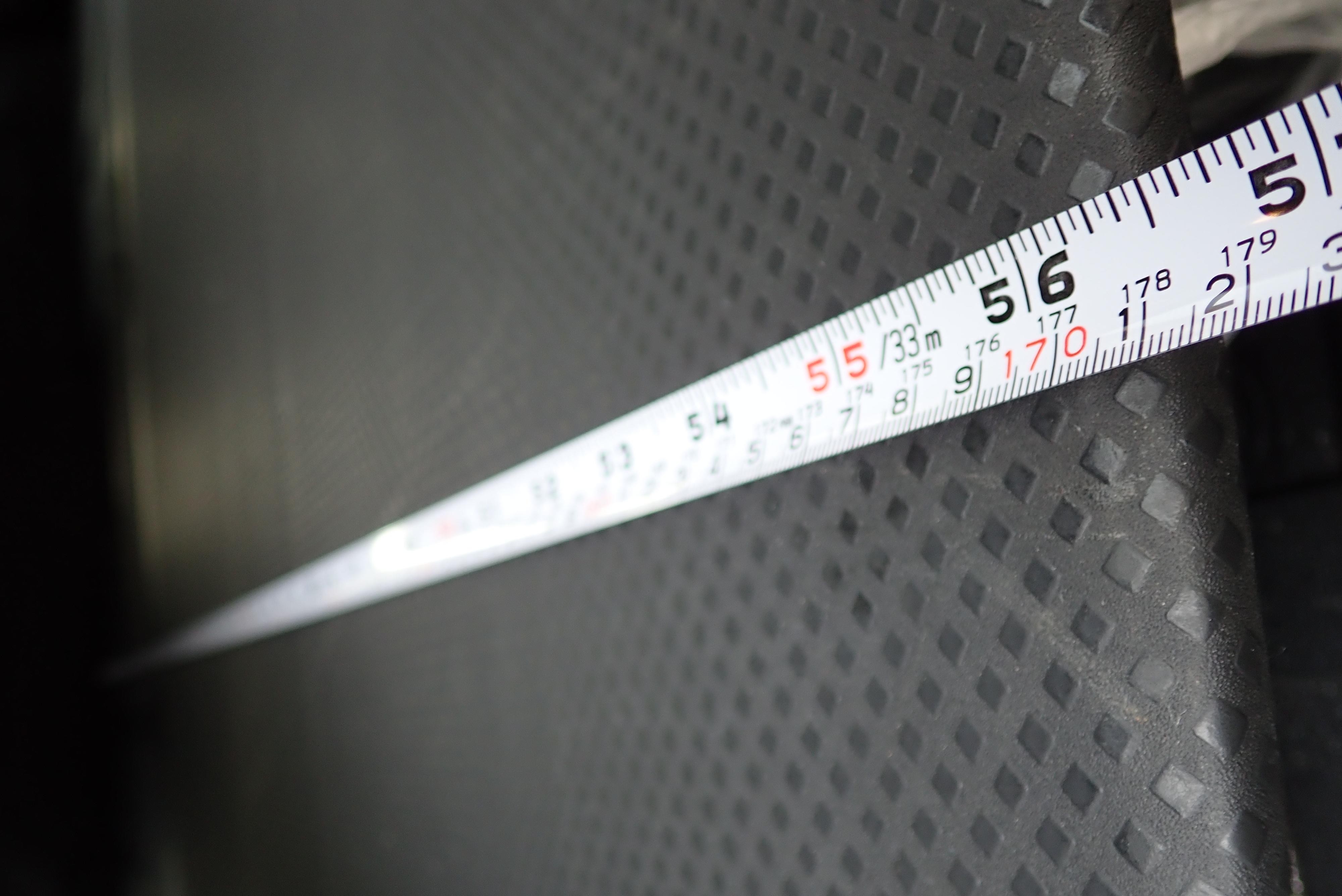 フルフラットの全長は170cmです。