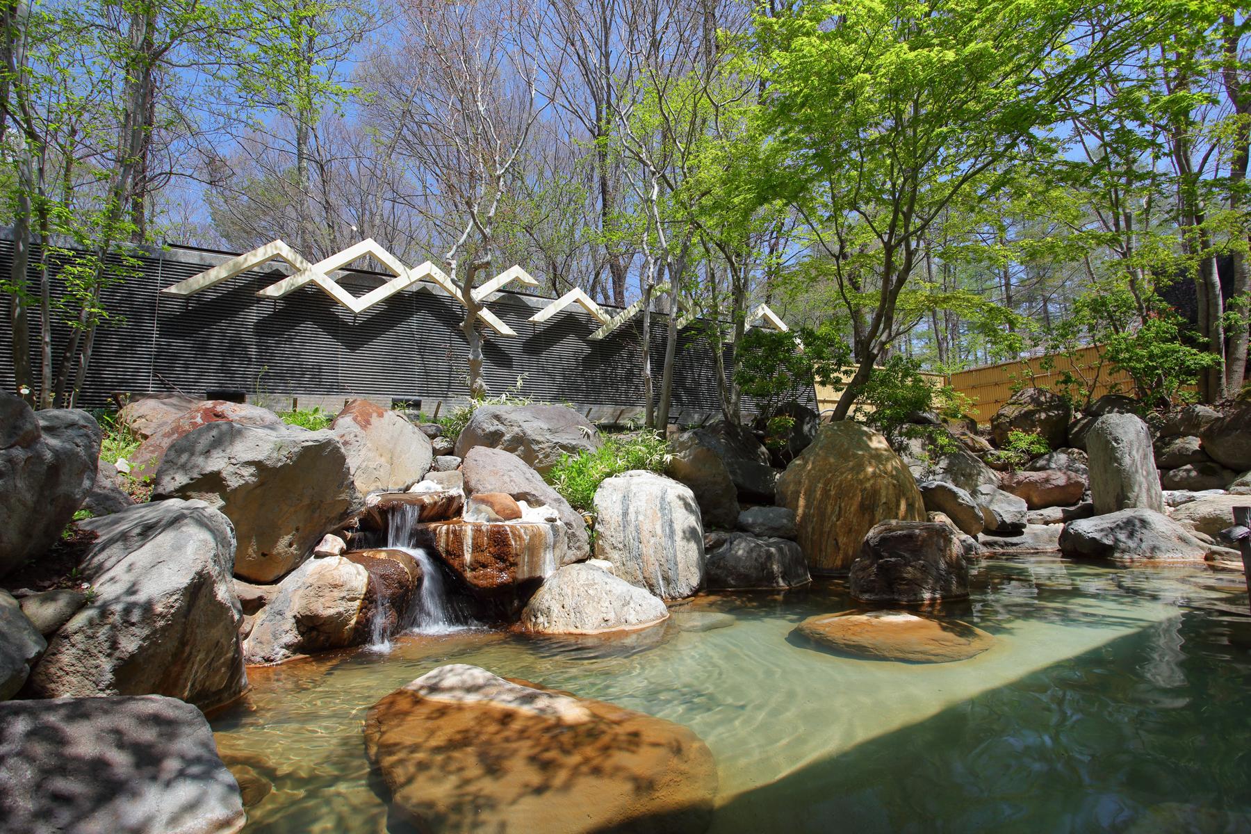 ホテル露天風呂(温泉)