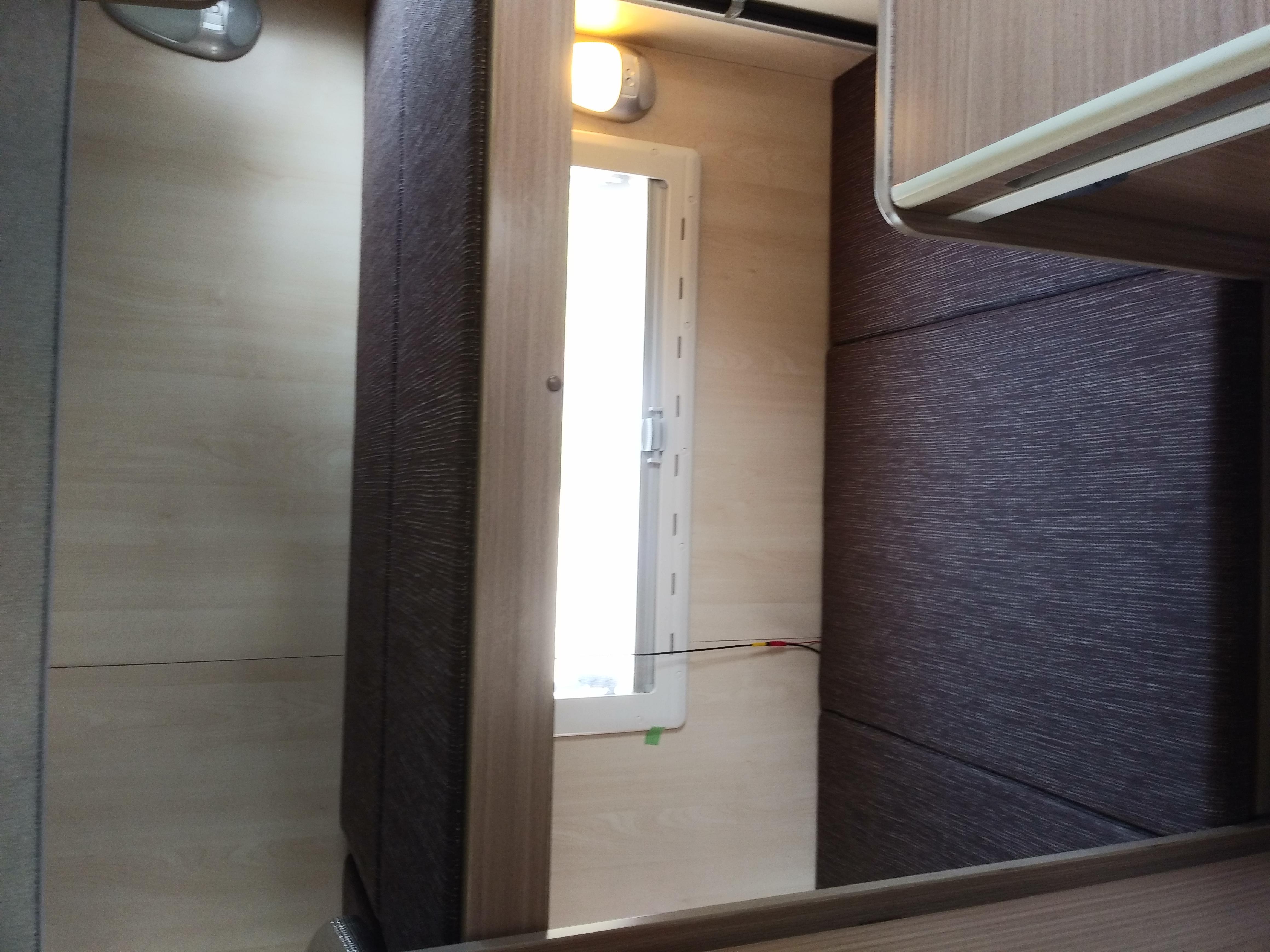 就寝スペース(2段ベッド)