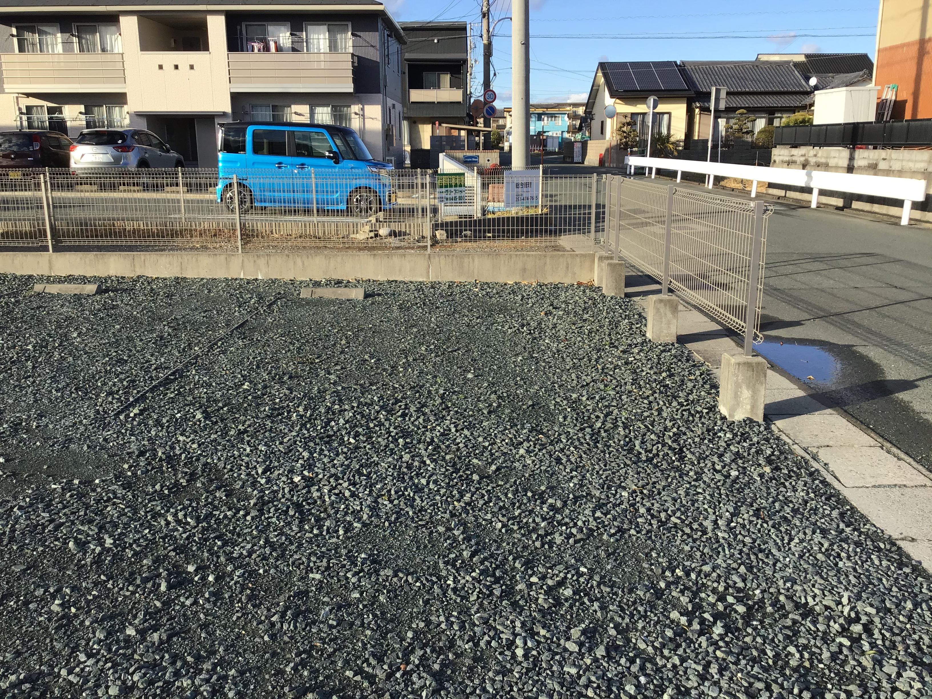 駐車可能なスペース 道沿いの北側