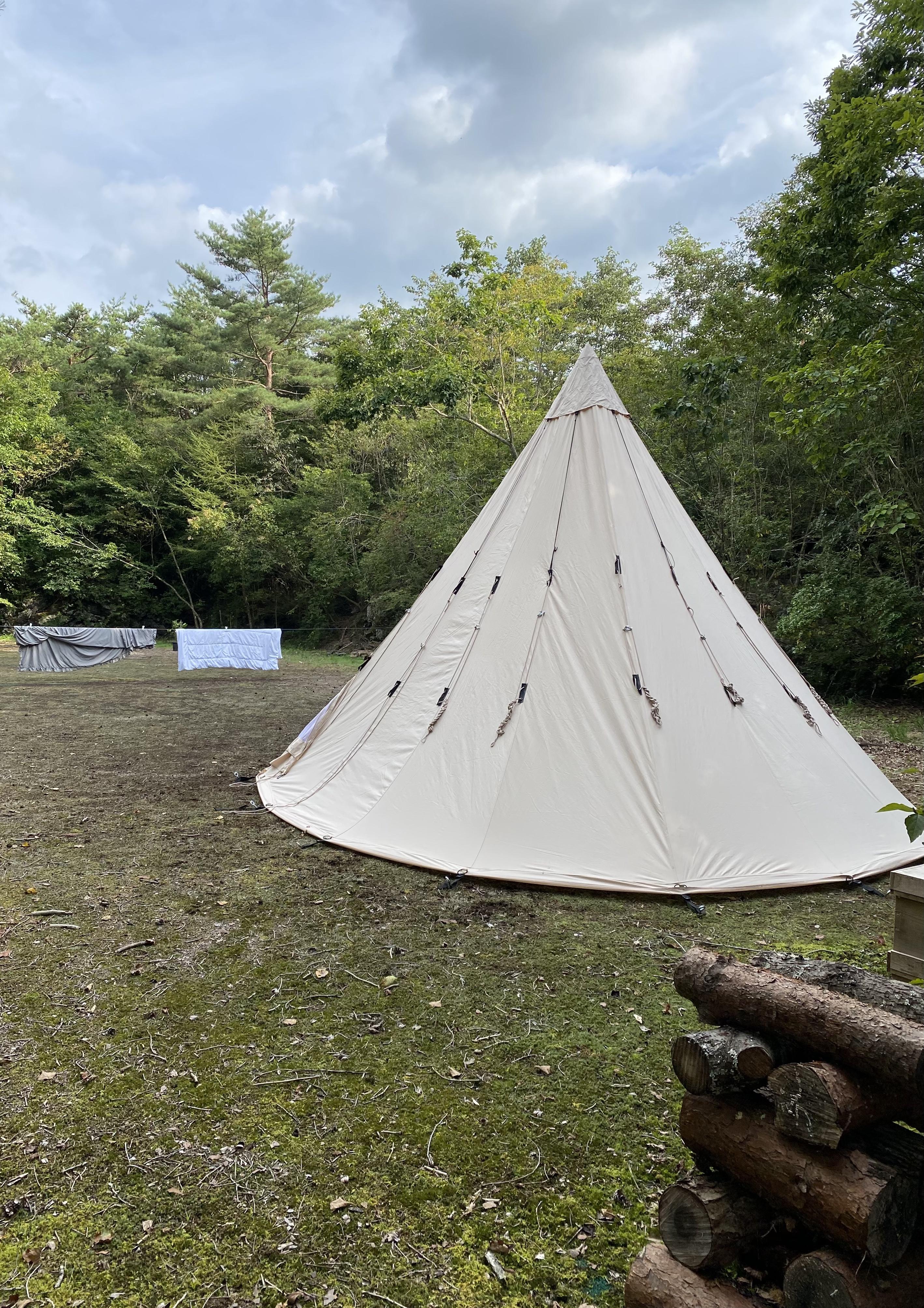 お貸しだしできるデンマーク製NORDISKのテントです。タオルや洗濯物を干すことも出来ます。
