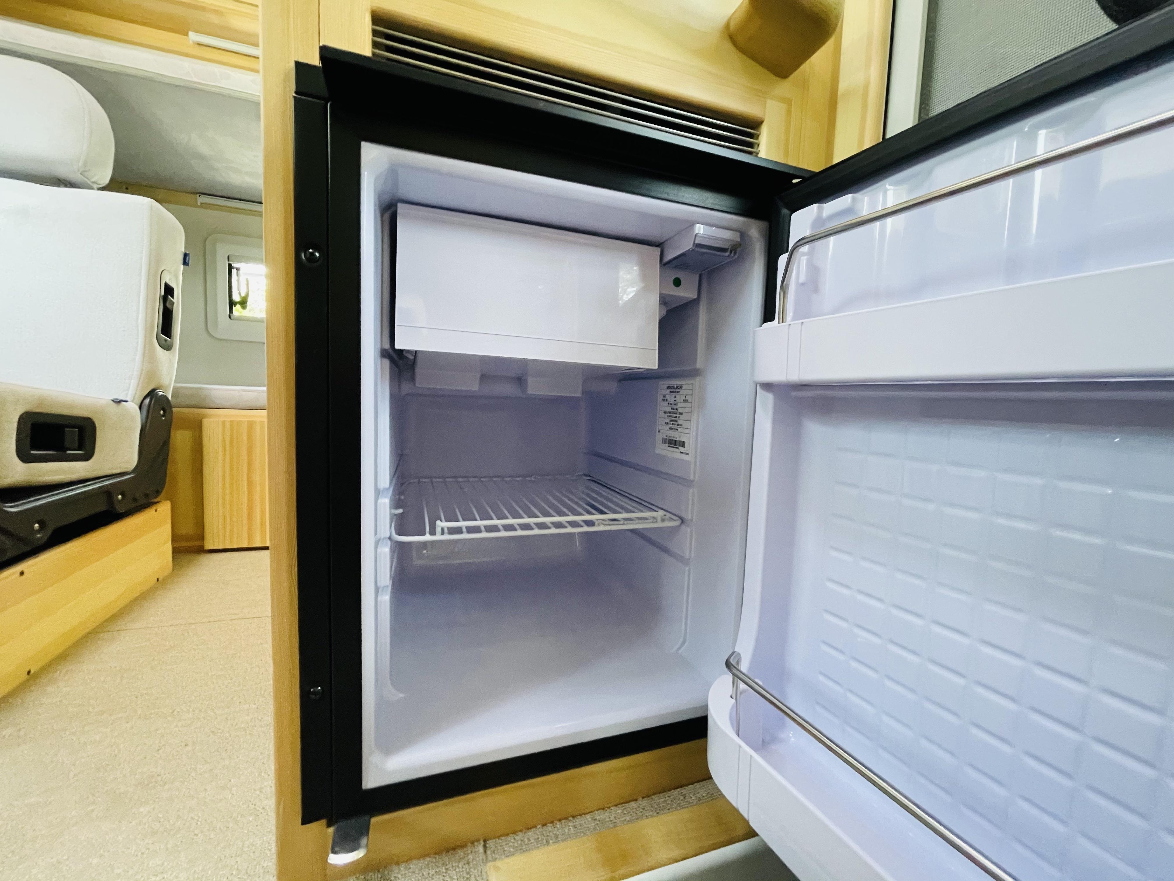 (12)内観(冷蔵庫)