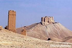 5月20日に軍事勢力により占領された世界遺産パルミラ遺跡にあるファクレディンの城郭