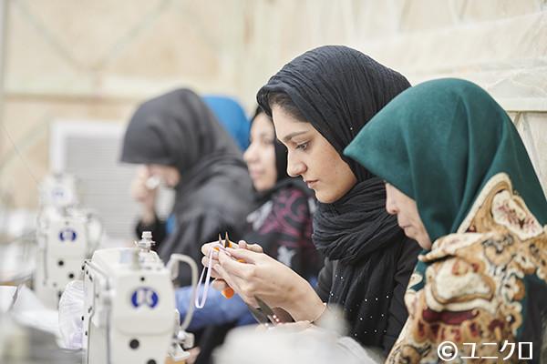 写真:自立支援を受ける難民女性