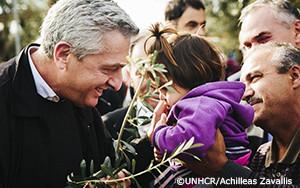 国連難民高等弁務官、ギリシャの島における庇護申請者の状況に対応を要請