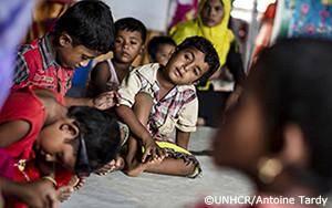世界最大の難民地帯で、人身売買業者に対処する