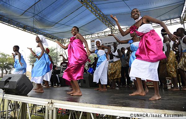 写真:ウガンダのパフォーマンス