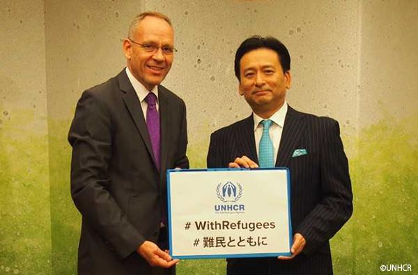 写真:佐賀県知事とダーク・ヘベカー駐日代表