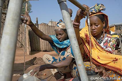 支援物資写真:簡易浄水システム