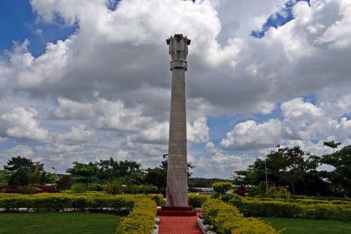 アショーカ王の石柱