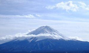 富士山を作ったという伝説も