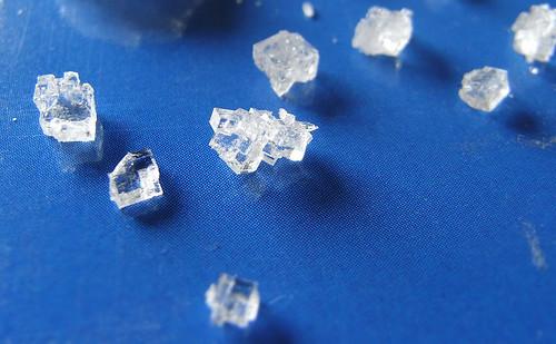 塩の結晶構造に除霊の効果がある