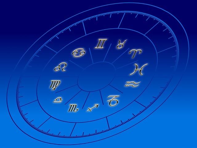 月星座が水瓶座の人と他の人の相性