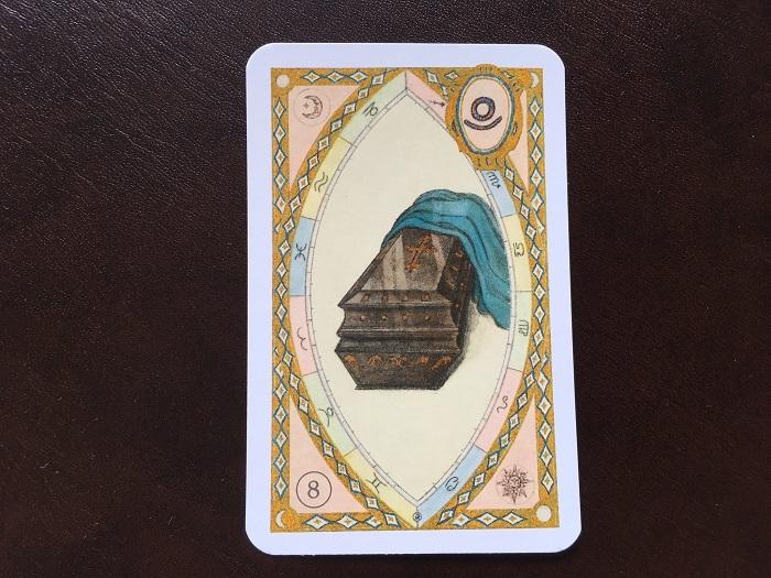 ルノルマンカード・棺はどんな意味のカード?
