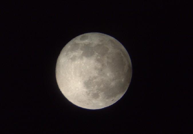 中秋の名月は満月ではない?