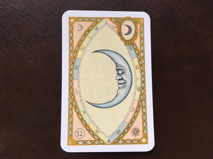 ルノルマンカード・月はどんな意味のカード?