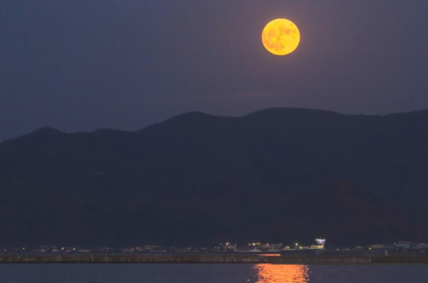片月見に注意 もう一つのお月見、十三夜・栗名月 縁起の悪い片月見って?