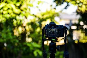 タイマー セルフ iphone カメラ iPhone 11のカメラアプリでセルフタイマーを設定する方法とは?