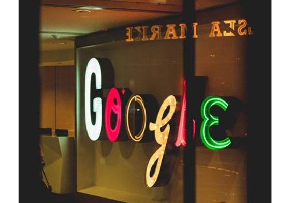 デフォルト google アカウント