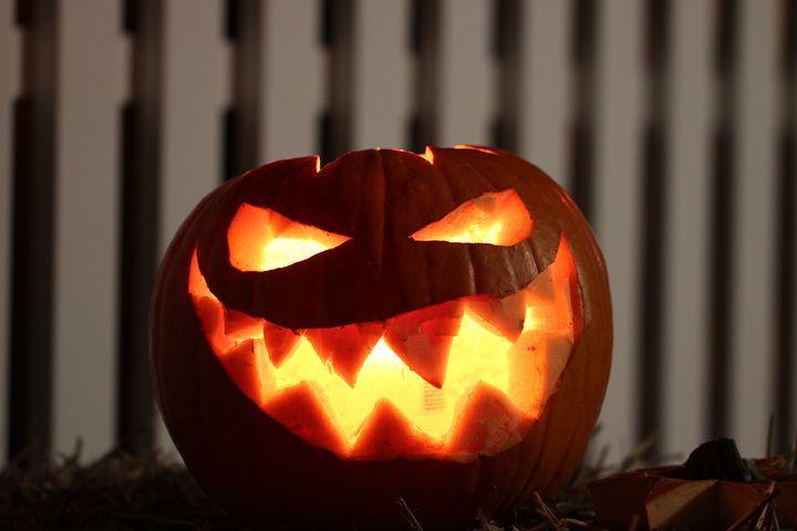 ハロウィンかぼちゃ「ジャック・オ・ランタン」の作り方・手作り方法!