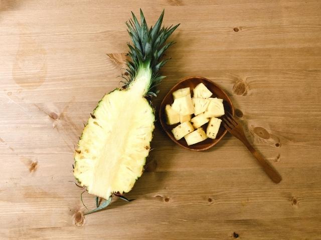 パイナップルの生え方・実り方をご紹介!どんな風に実がなっていくの?