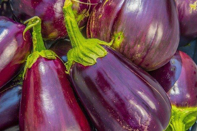 「ナス科」とは?代表的なナス科の野菜8つの特徴やレシピをご紹介!