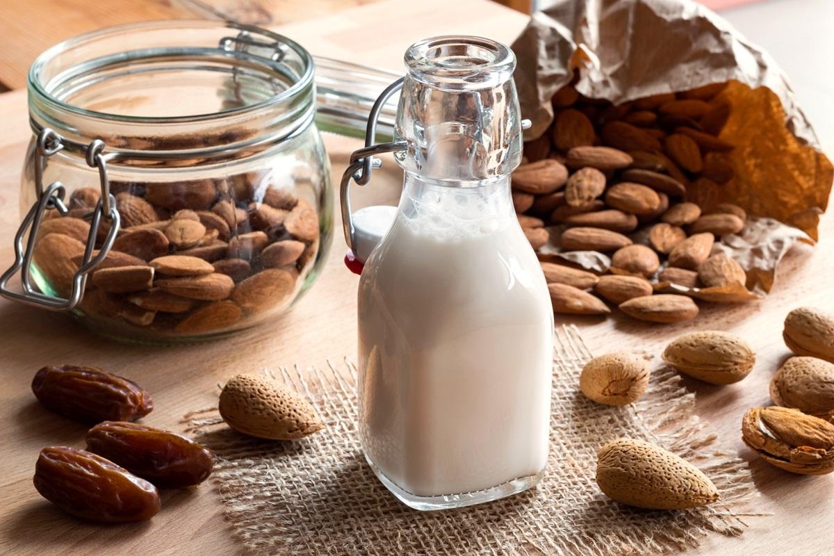 アーモンドミルクの効果・効能とは?おすすめの飲み方も5種類ご紹介!