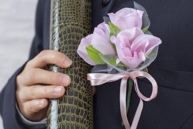 コサージュの作り方!卒業式や結婚式で使える造花の手作り方法を解説!