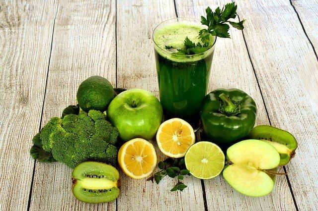 アシタバとは?青汁にも使われる葉の風味・栄養・効能や食べ方を解説!