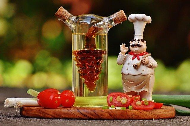 酢を摂取しすぎた場合にデメリットはあるか?正しい飲み方や効能を紹介!