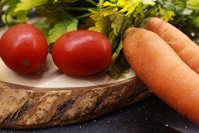 タマリロとは?木になるトマトといわれる果実の特徴や育て方を解説!