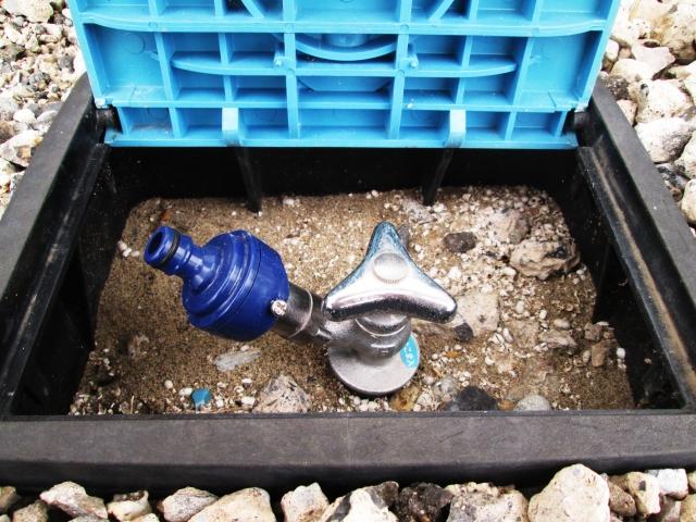 散水栓の種類と設置方法!立水栓と比べたときのメリット・デメリットは?