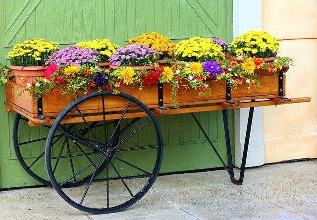 プランタースタンドおすすめ人気10選!花や観葉植物のおしゃれな置き棚に!
