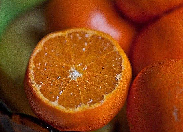清見オレンジとは?旬・糖度などの特徴や清見タンゴールとの違いを紹介