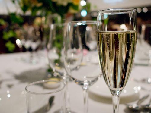 2fc4570639ad4 乾杯の挨拶・乾杯のご発声を結婚式で頼まれたら?スピーチ例文集 ...