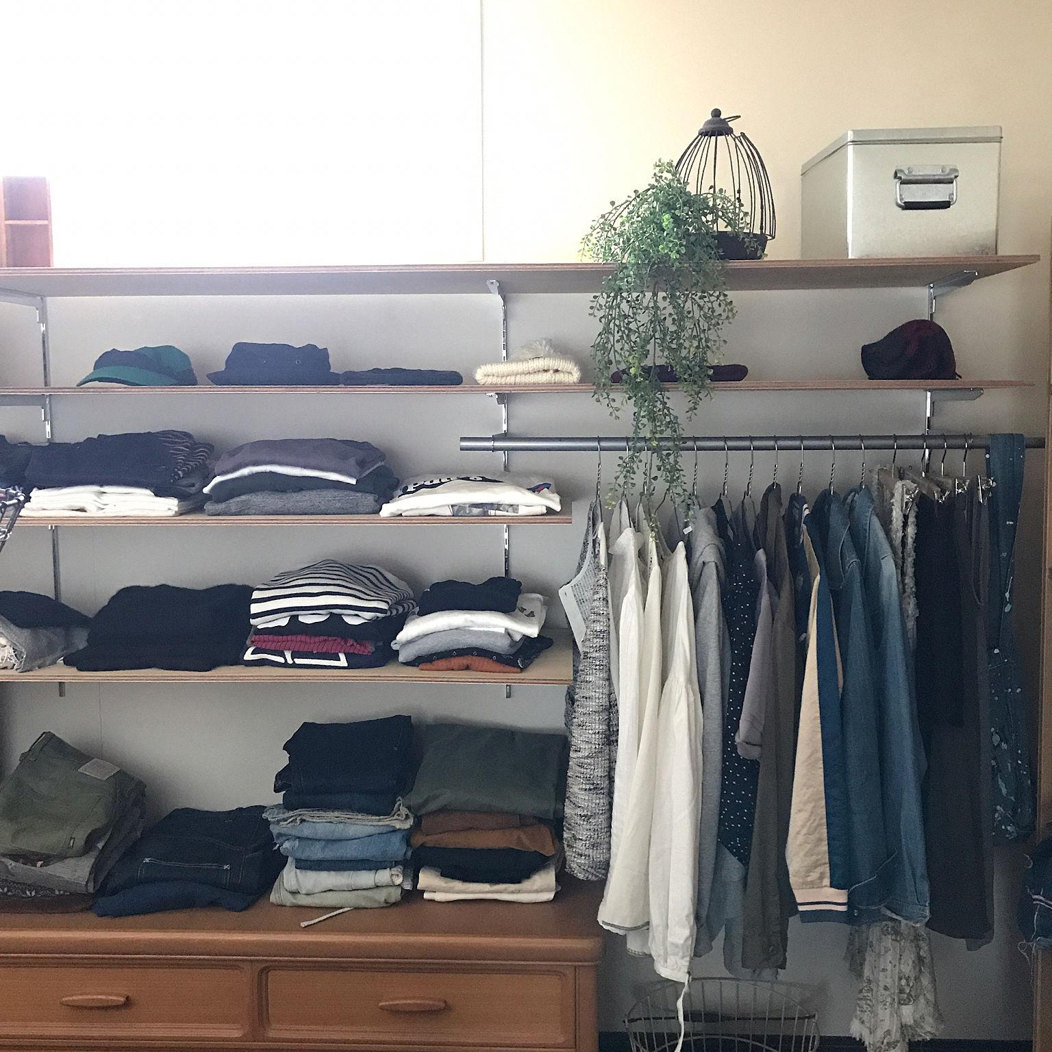 洋服収納アイデア70選!便利な人気アイテムやdiy術も!【必見】 | 女性の