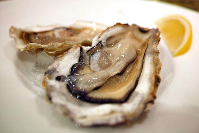 今晩のメニューに牡蠣料理はいかが?栄養満点の牡蠣の食べ方と注意点