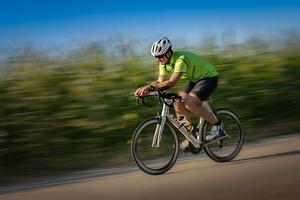 ロードバイクでの体重のかけ方・乗せ方!乗車時の最適な重心の位置は?