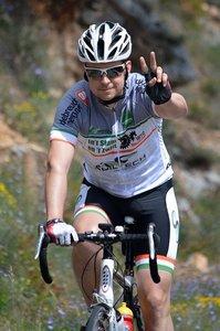 自転車の手信号10種一覧!「ありがとう」など覚えておきたい手信号は?