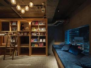 泊まれる本屋(ブック&ベッド)とは?1人旅に最適なホテルをご紹介!