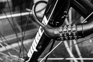 クロスバイク用おすすめ鍵17選!盗難防止対策として人気の理由も解説!