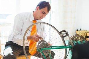 自転車のタイヤ交換を自分でやる方法!道具・材料・手順・費用を解説!